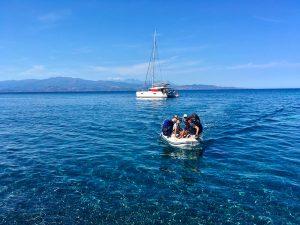 Arrivée avec les parapente depuis le catamaran, Corse