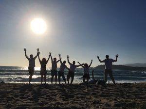 Groupe en vacances à la plage